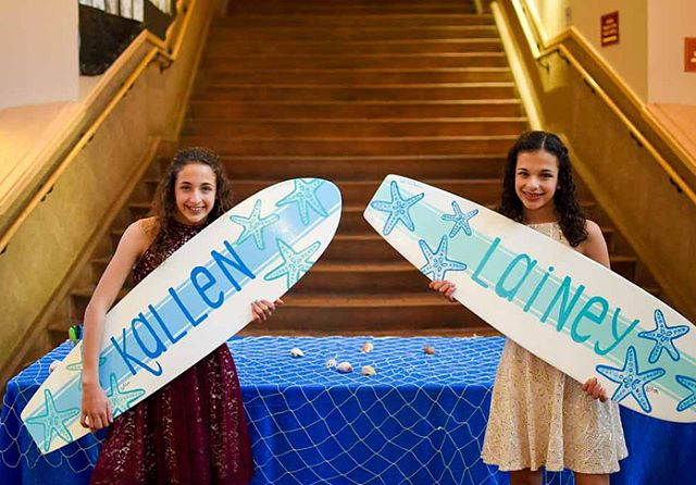 SURF'S UP at Kallen & Lainey B'nai Mitzvah Celebration! 🏄🏽‍♀️🏄🏽‍♀️ See the full gallery: http://www.justjayneevents.com/jaynes-blog/2018/3/27/kallen-lainey-bnai-mitzvah . . . #bayareaevent #marin #bayareaevents #bayareabatmitzvah #party #partytime #eventplanner #partytime #partyplanner #dance #bayareaeventplanner #bnaimitzvah #mitzvah #surf #surftheme #surfsup #beachtheme #batmitzvah #marinevents #narmitzvah #marinpartyplanner #marin #marineventplanner #bayarea #jccmarin #marinjcc