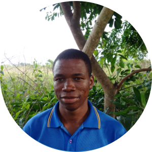Aaron Mbuyamba    (Ing agro Unikin)    Responsable du volet Aménagement villageois, Responsable du volet carbonisation    📞+243  823467107   ✉    aaronmbuyamba@ymail.com