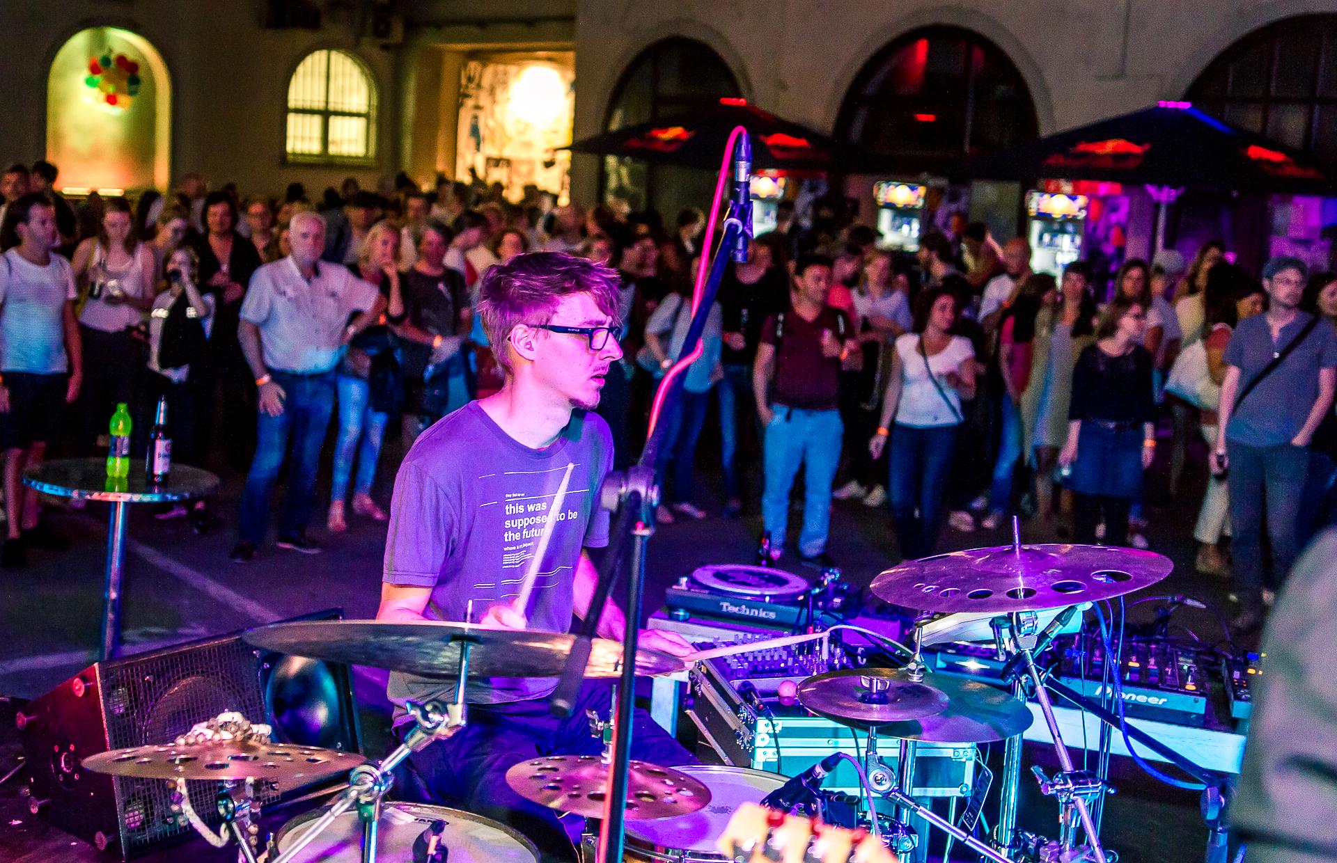 Sommerfest_2016_FototPeterKrausgrill.jpg