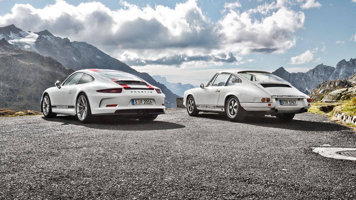 2016 911 R Side by Side its older Brother 1967 911R