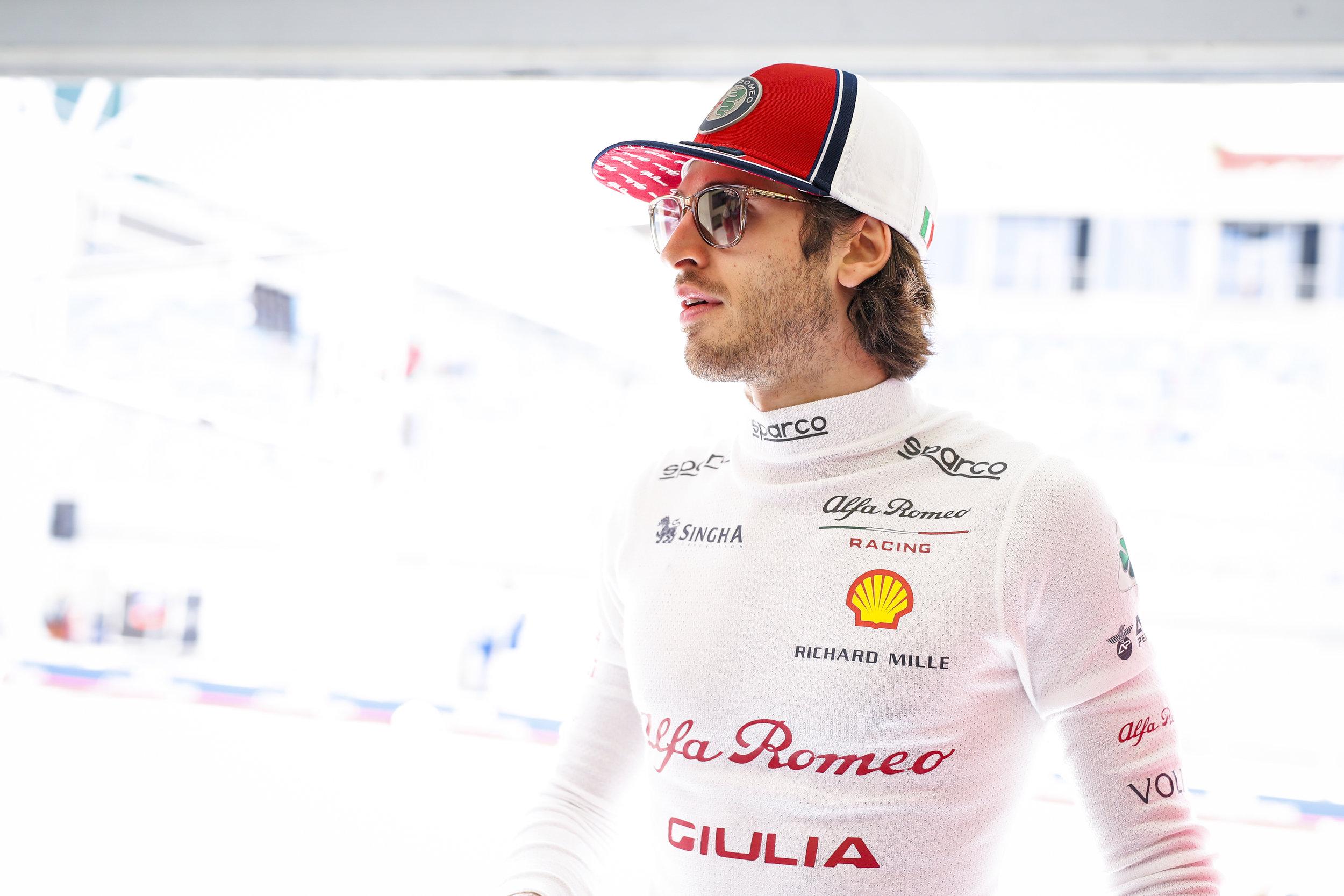 2019 Bahrain Grand Prix - Alfa Romeo Racing-2.jpg