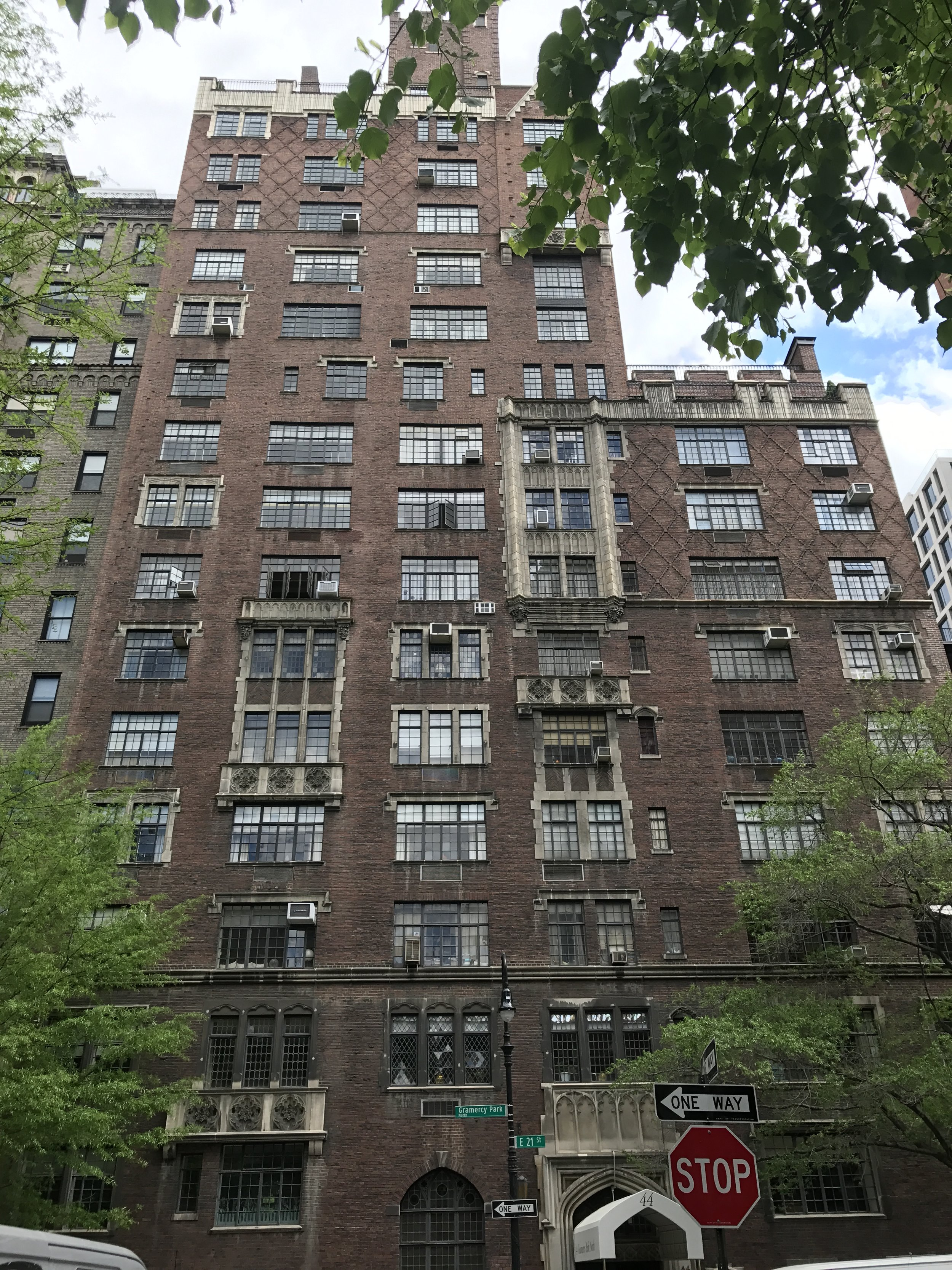 44 Gramercy Park North - Architect: Hottenroth + Joseph Architects17 story residential building