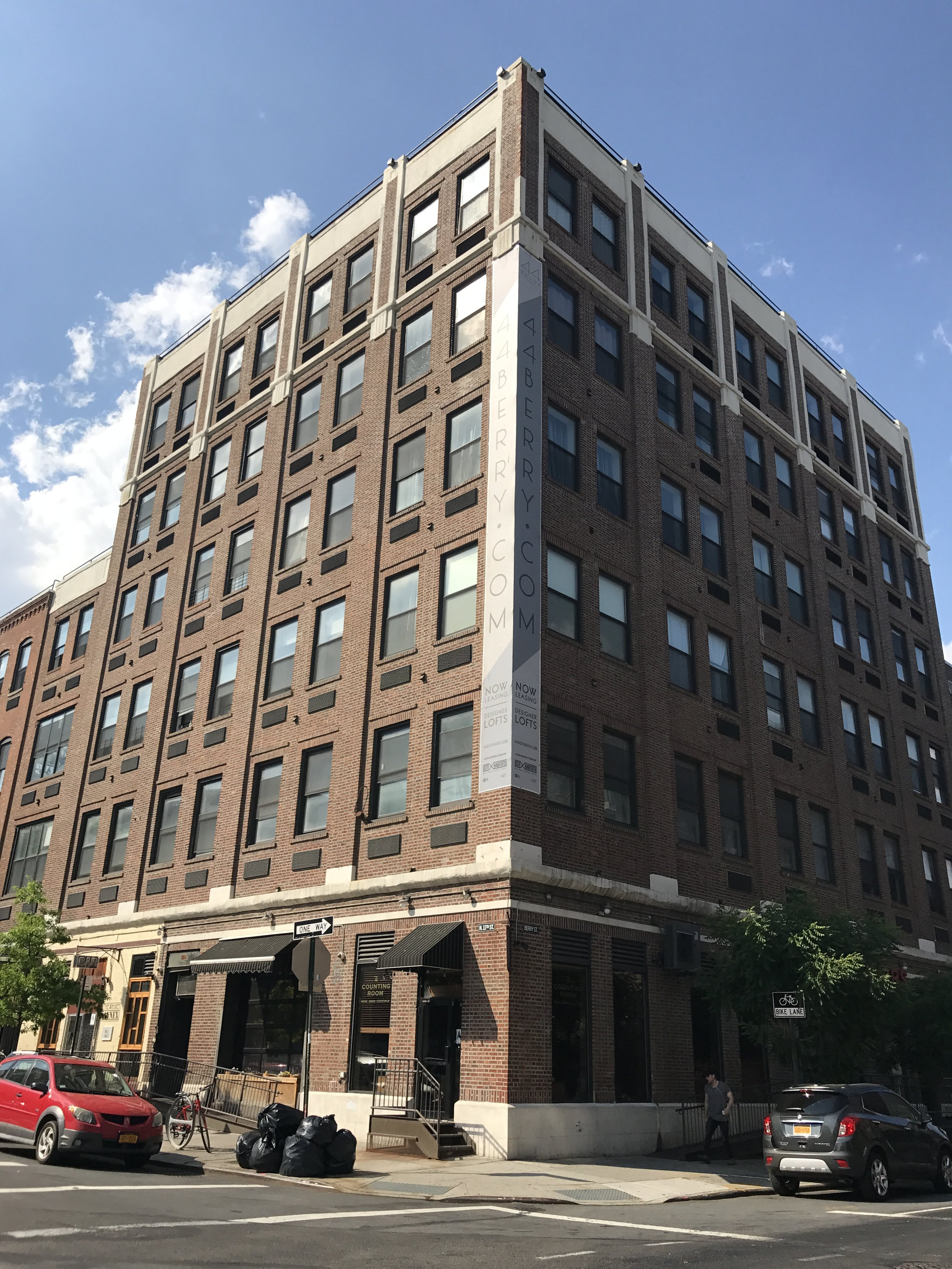 44 Berry Street, Brooklyn - Ayuso Architecture6 story mixed use building