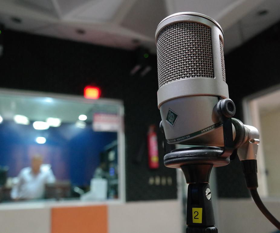 studio-microphone.jpg