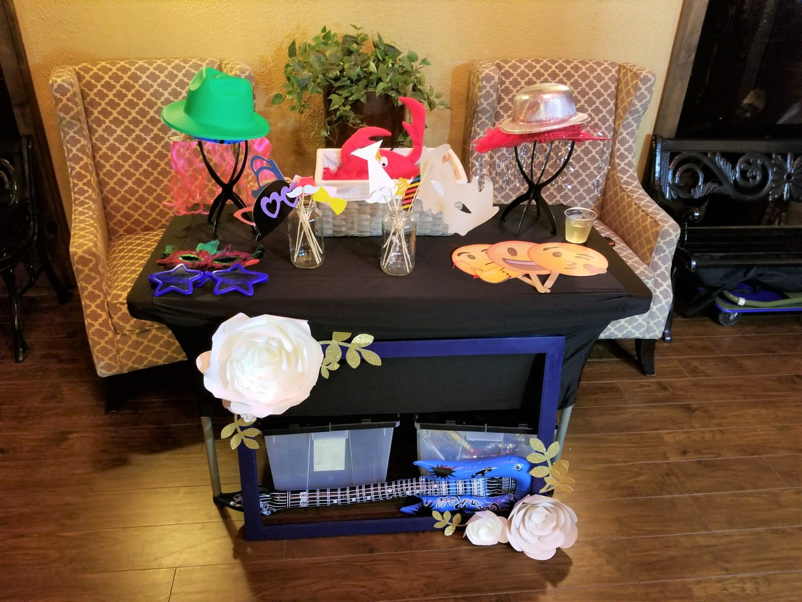 Props Table