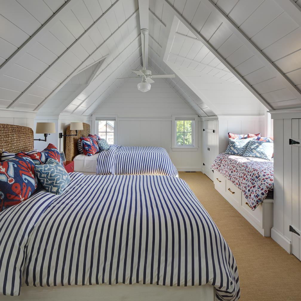 Bedroom_LR.jpg