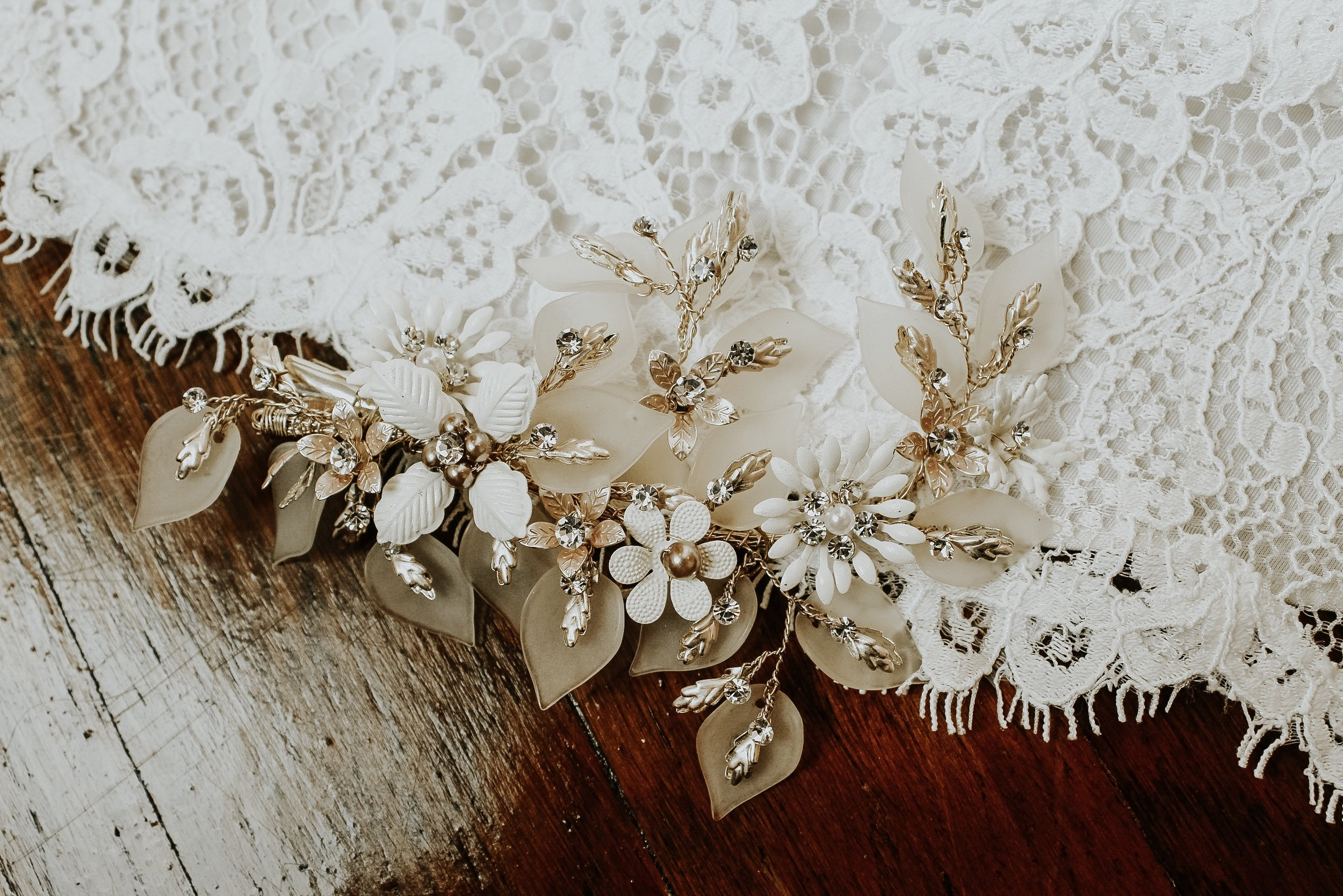 bridal hairpiece