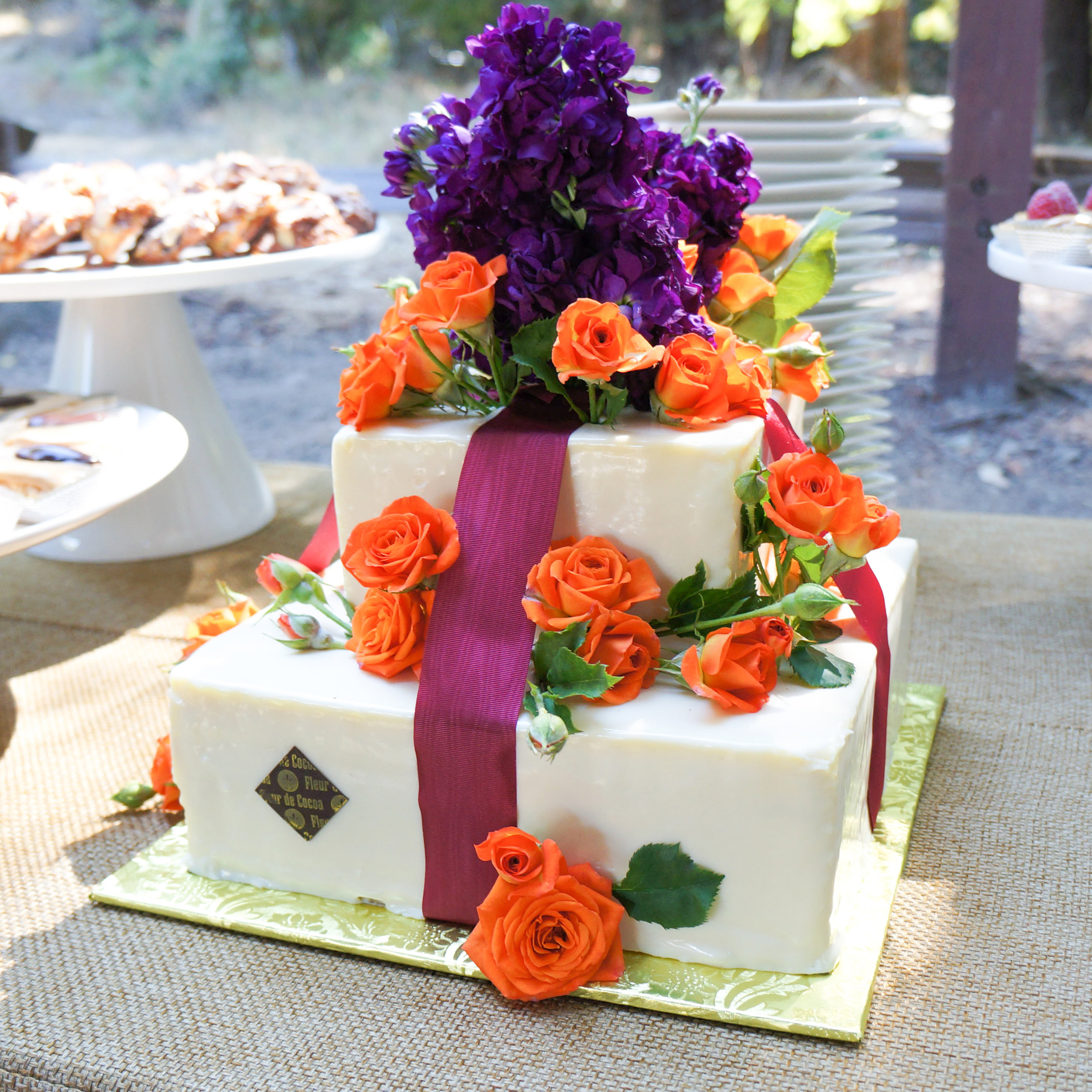 Wedding cake Zawoyski1.jpg