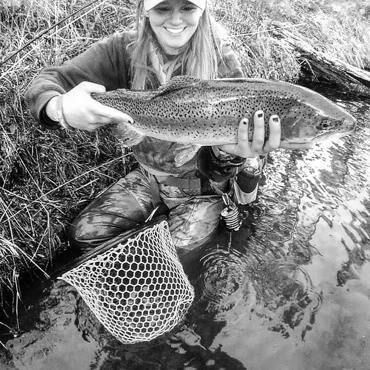 """Allison Buntin  My two passions in life are teaching and fishing. So it stands to reason that I'd end up a schoolteacher and a fishing guide. I'm blessed to be able to educate my students in the classroom and clients on the water.  I was born in Tennessee and grew up in family of avid fishermen. When I was 9 my father decided that he and I would take up fly fishing, and I instantly fell in love with the sport. I spent many years fly fishing all over the south until I moved to Colorado in 2012. After completing my masters at the University of Denver, I moved to the Vail area where I began my careers as both an educator and a fly-fishing guide, working primarily on the Eagle River out of the Minturn Anglers Fly Shop.  I came through Bend on a fishing road trip and instantly fell in love with the town and the diversity of the fishery. I moved shortly after and have loved exploring the many rivers in Central Oregon ever since. This is the perfect place to continue """"teaching"""" my students in classrooms and on rivers!  Website:  Fly & Field Outfitters   Instagram:  @allison.buntin"""
