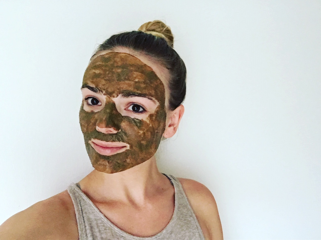Volcanic Lava Mask with Dandelion Root Powder