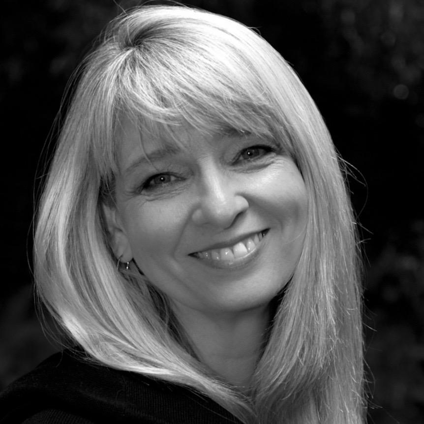 Colleen Adent - Pianist