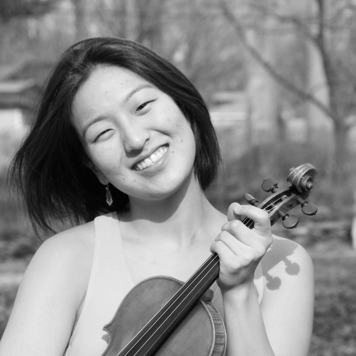 Laura Ha - Violinist