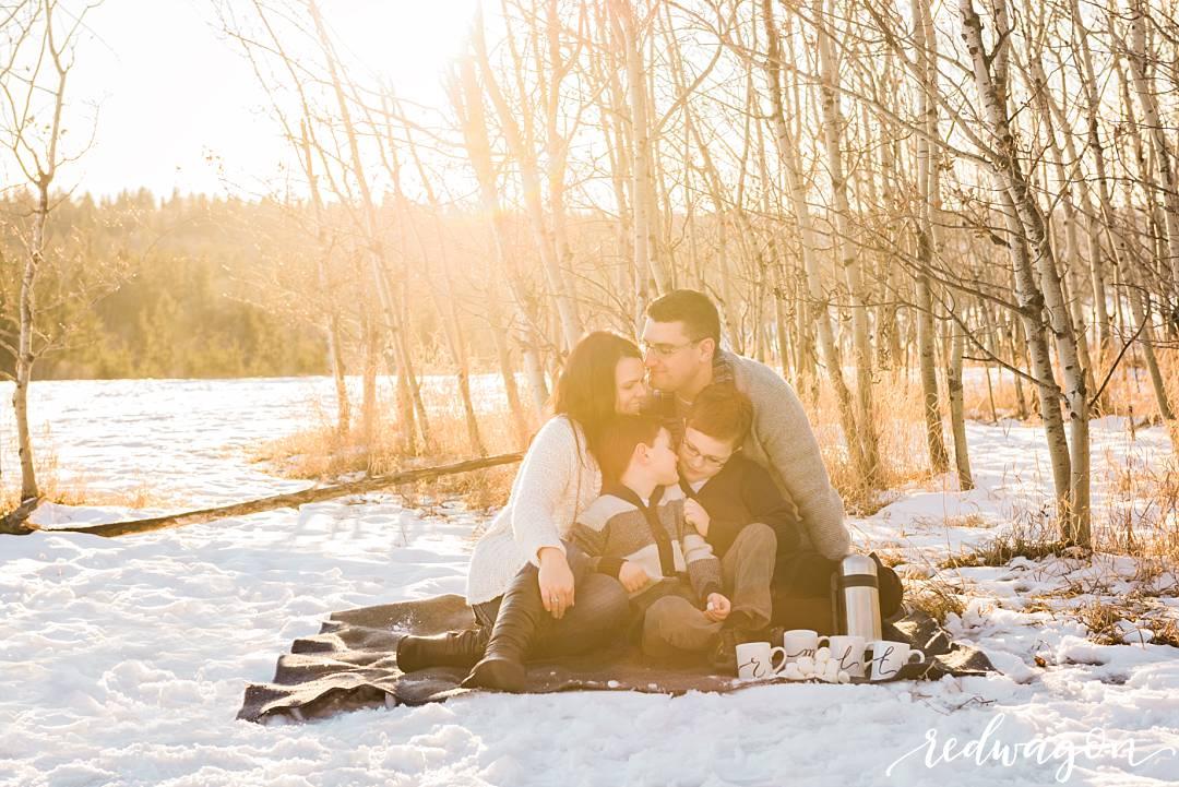 edmonton-family-photographer-redwagon-photography007.jpg