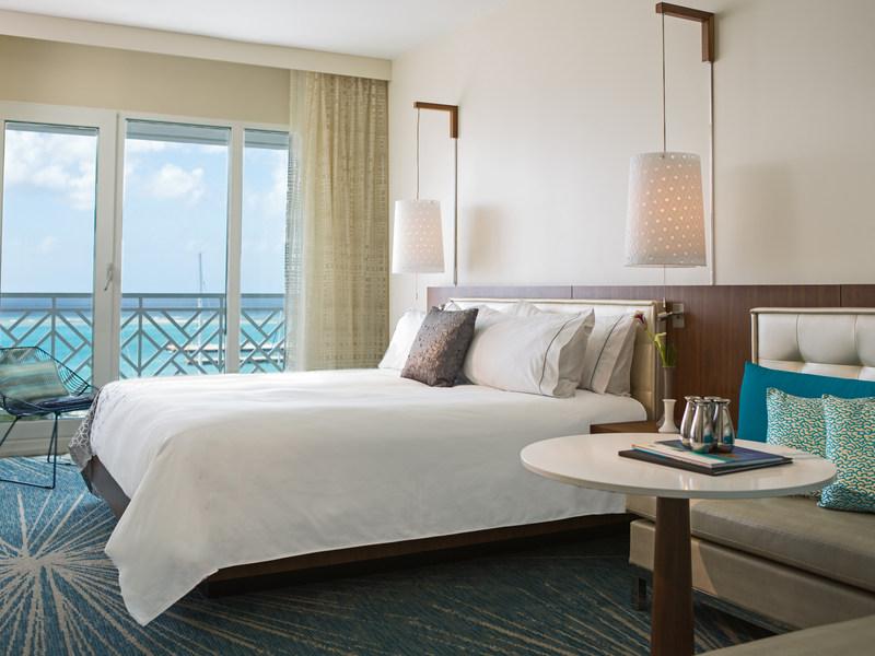 Guestroom_Ocean_King_1824.jpg