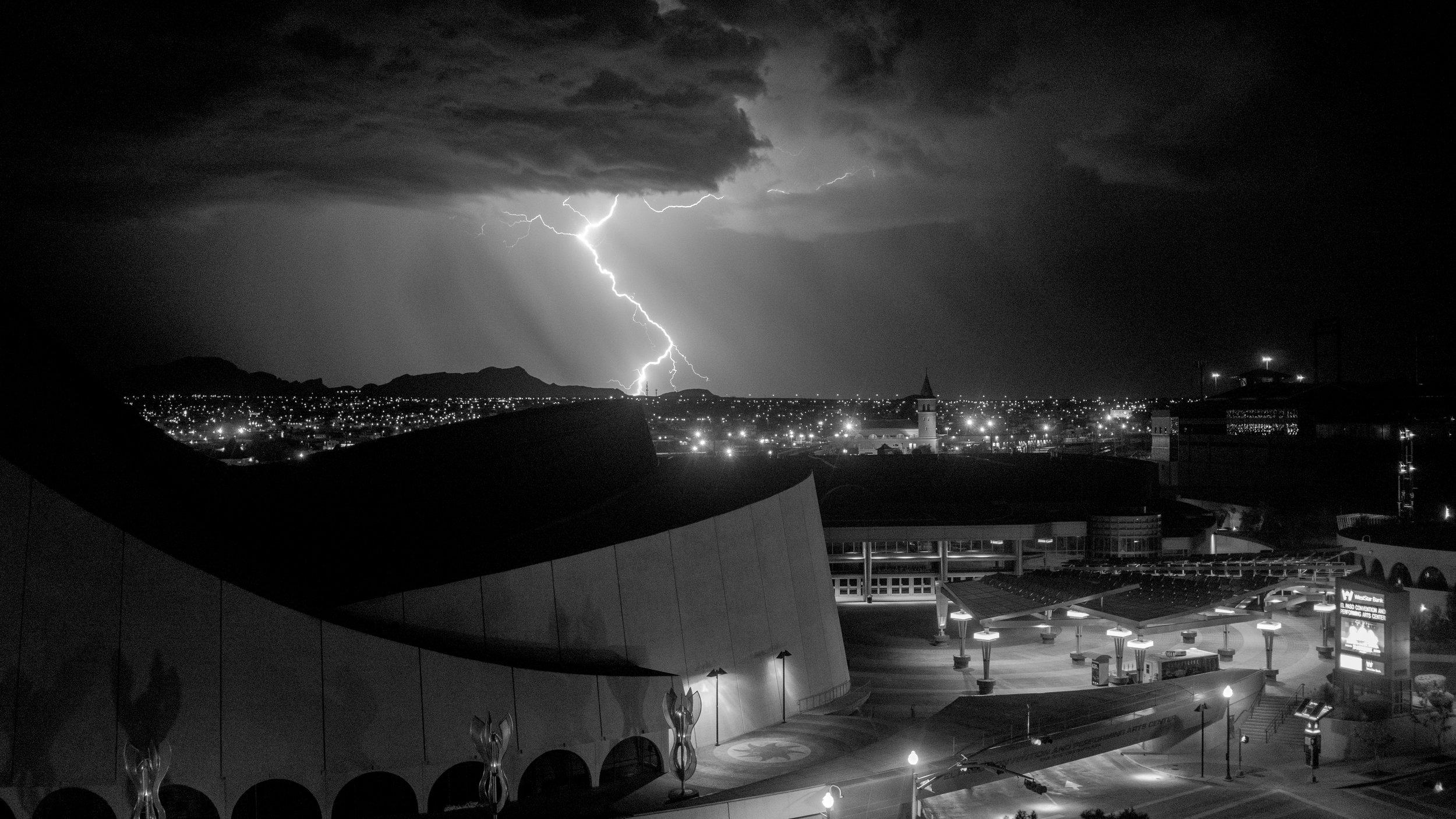 LIGHTNING IN TEXAS, AUGUST 2016