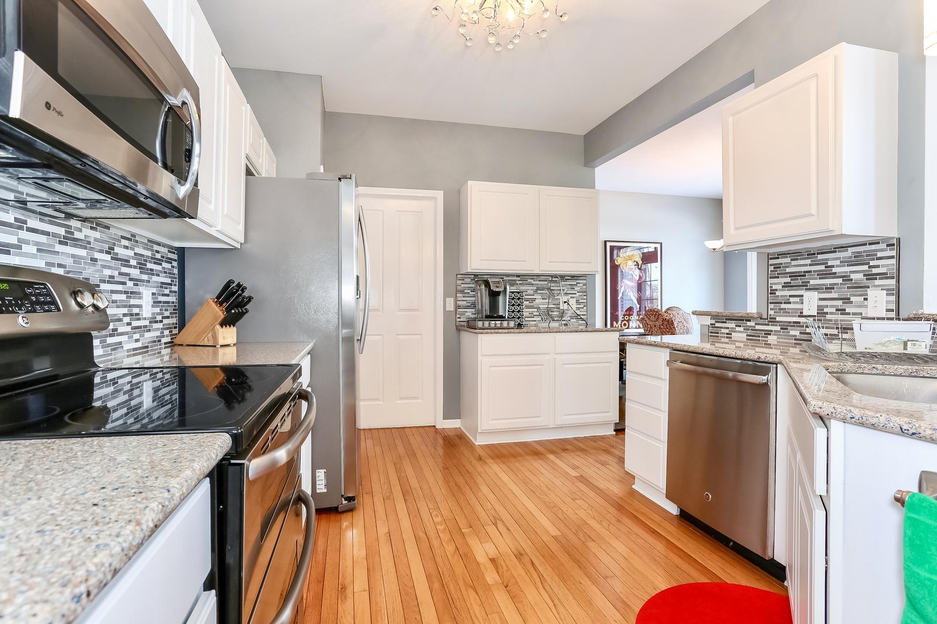 018-Kitchen-5199974-medium.jpg