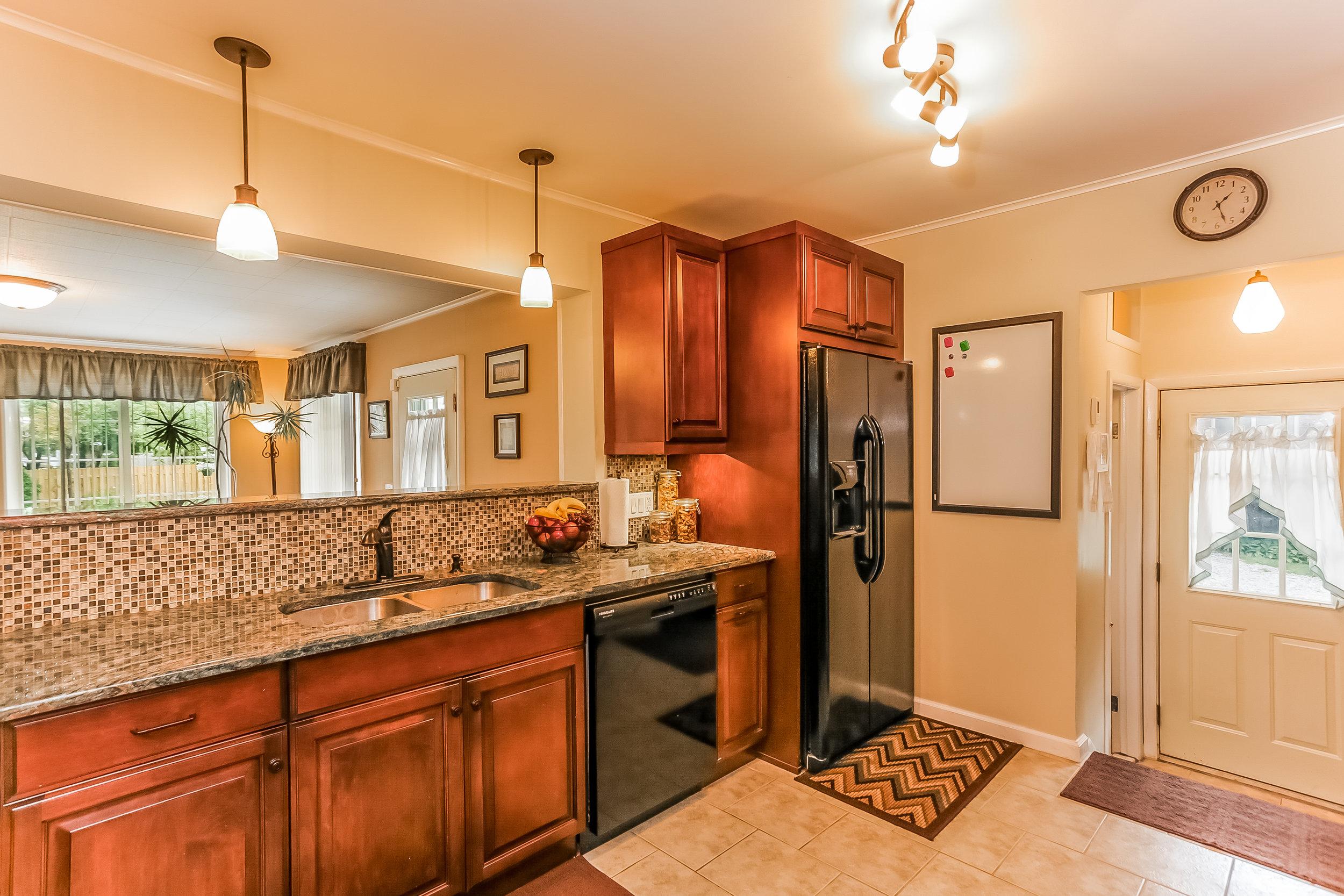 fleetwood kitchen.jpg