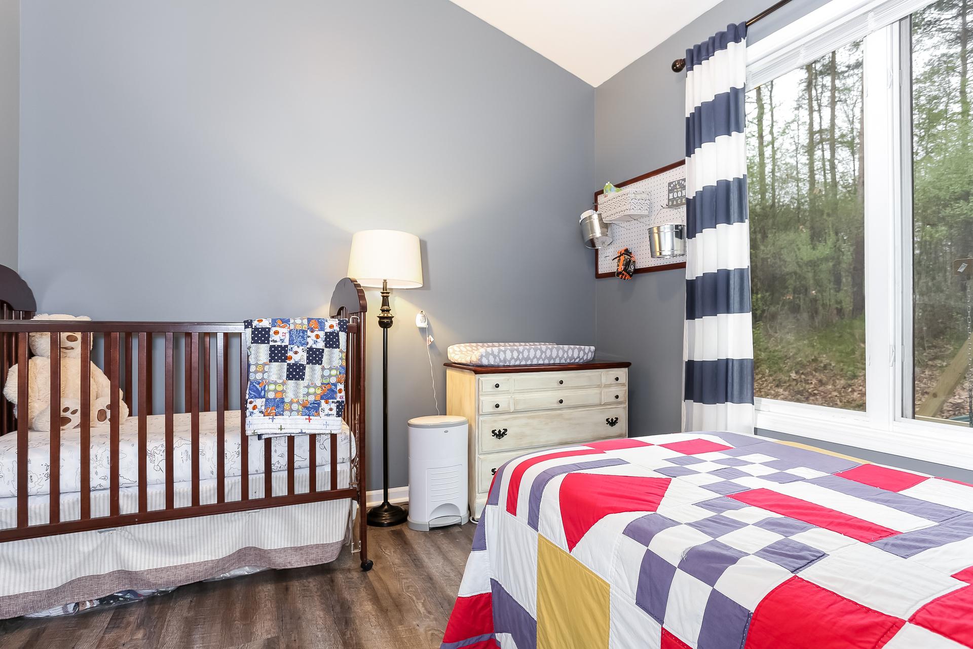 027-Bedroom-5738482-medium.jpg