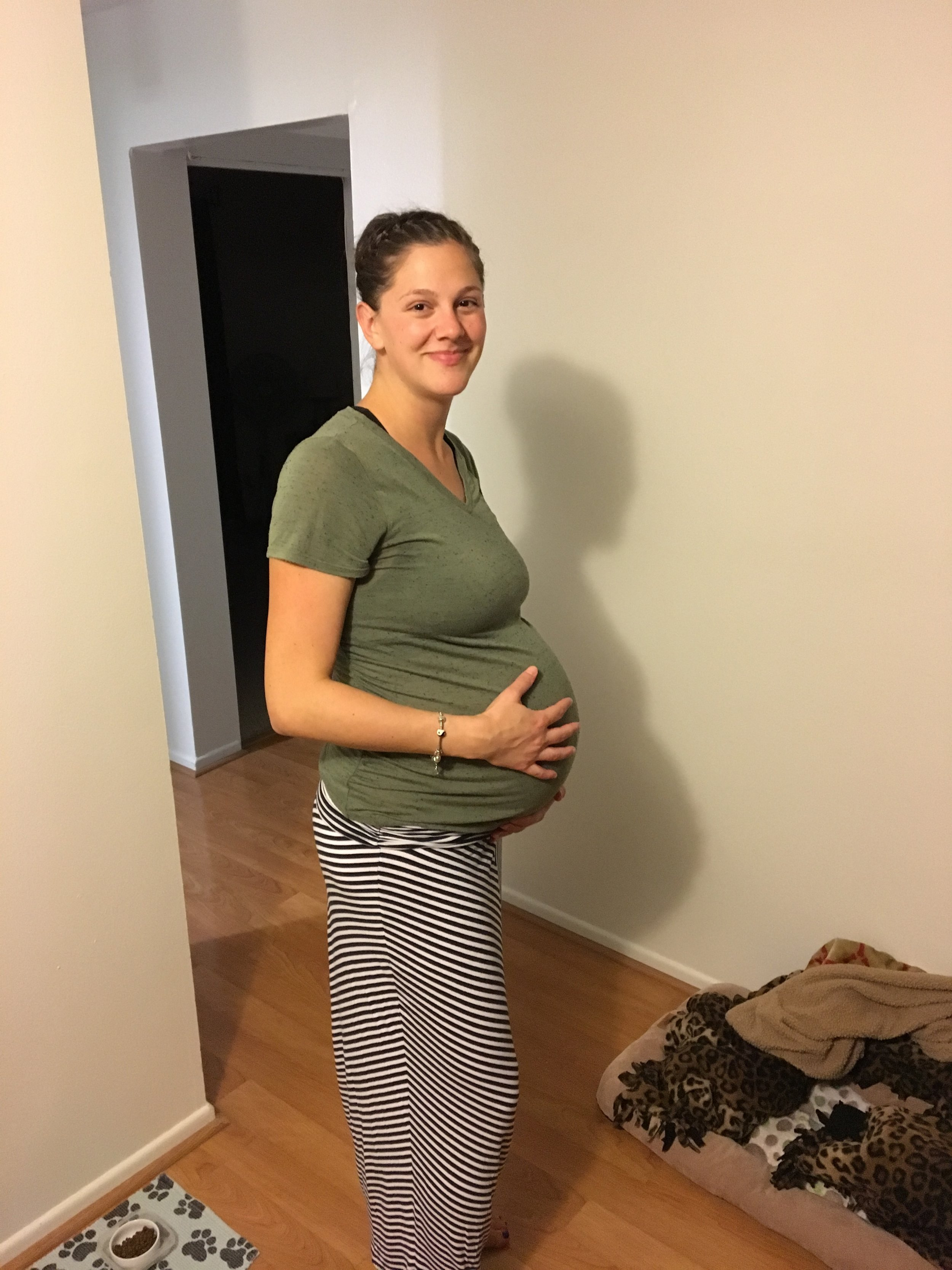 We took this picture right before we left for Castle. My last bump picture at 40+5.