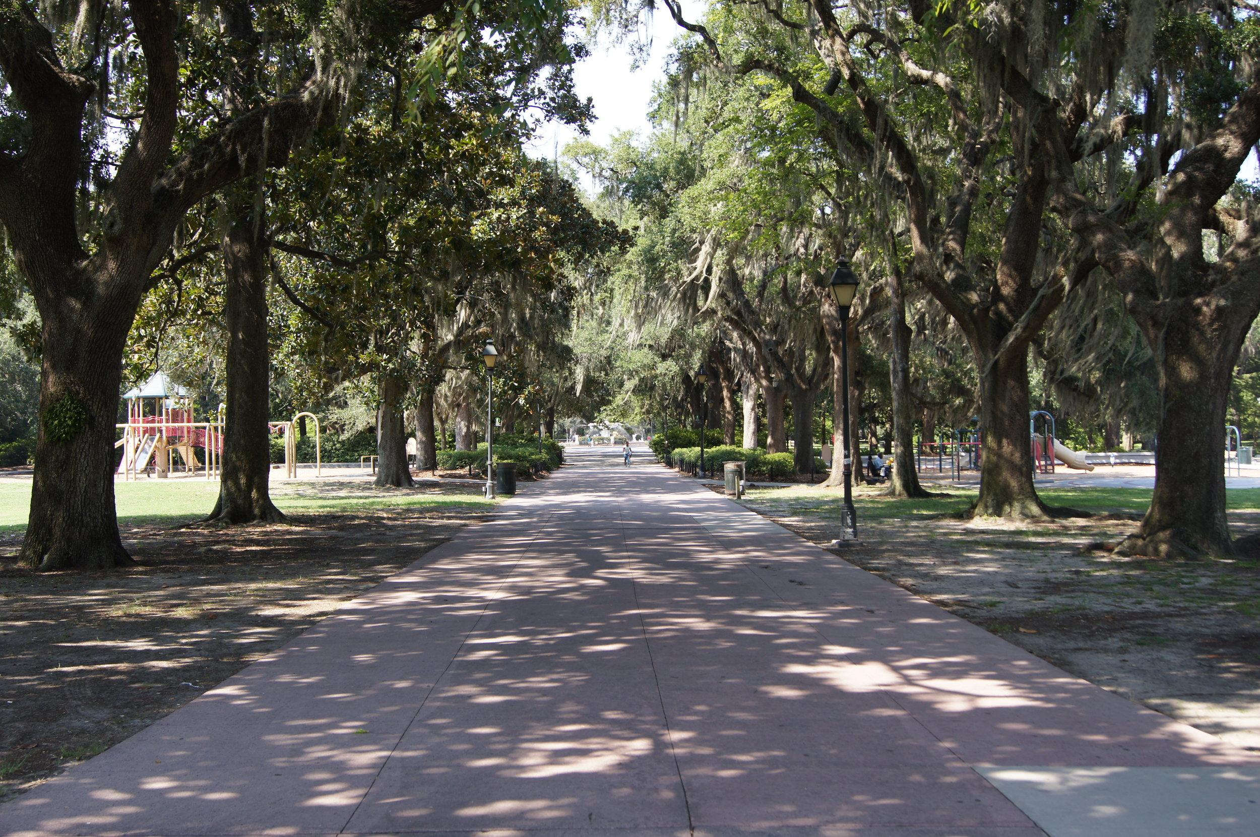 Five Reasons to Visit Savannah this Spring | carolinelkraus.com