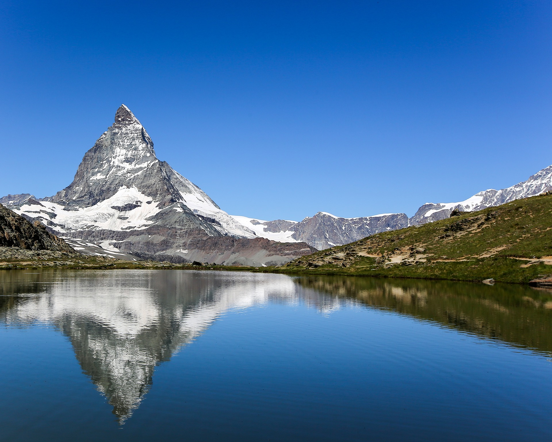 Five Gorgeous Towns that Will Make You Dream of Switzerland