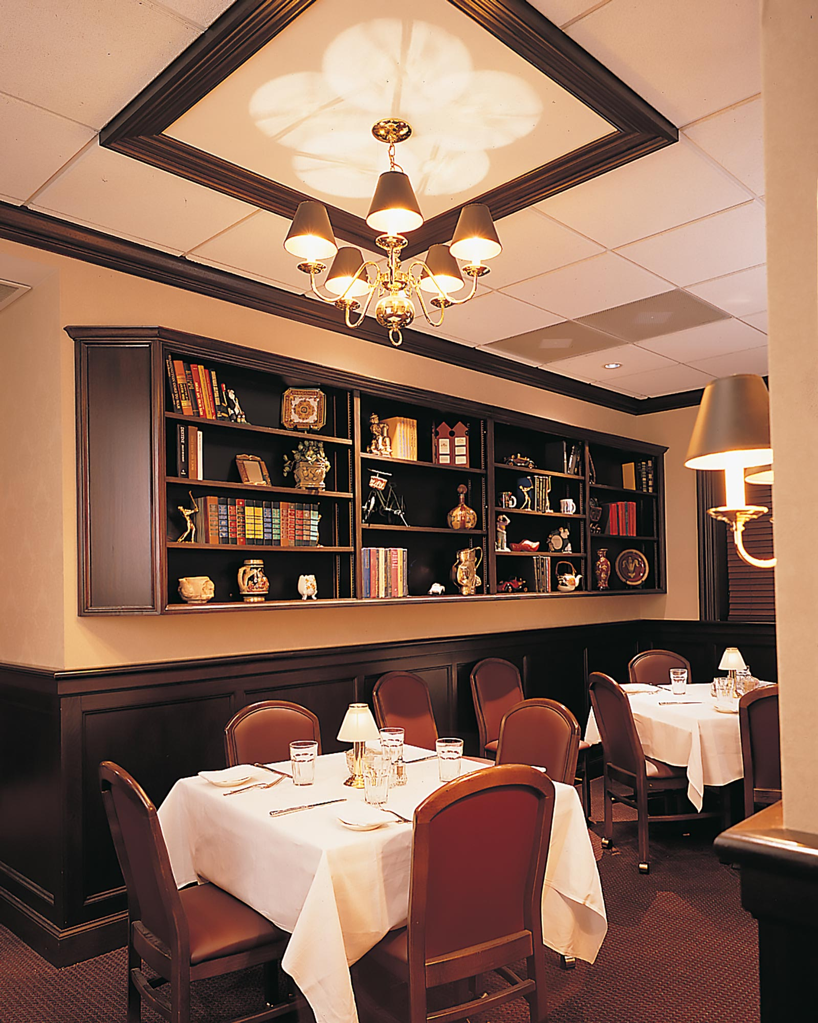 RUTH-CHRIS-SMALL-DINING-ROO-2x.jpg