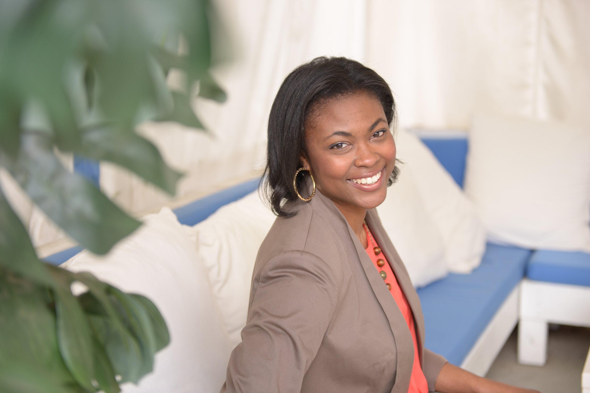 Dr. Tecsia Evans.JPG