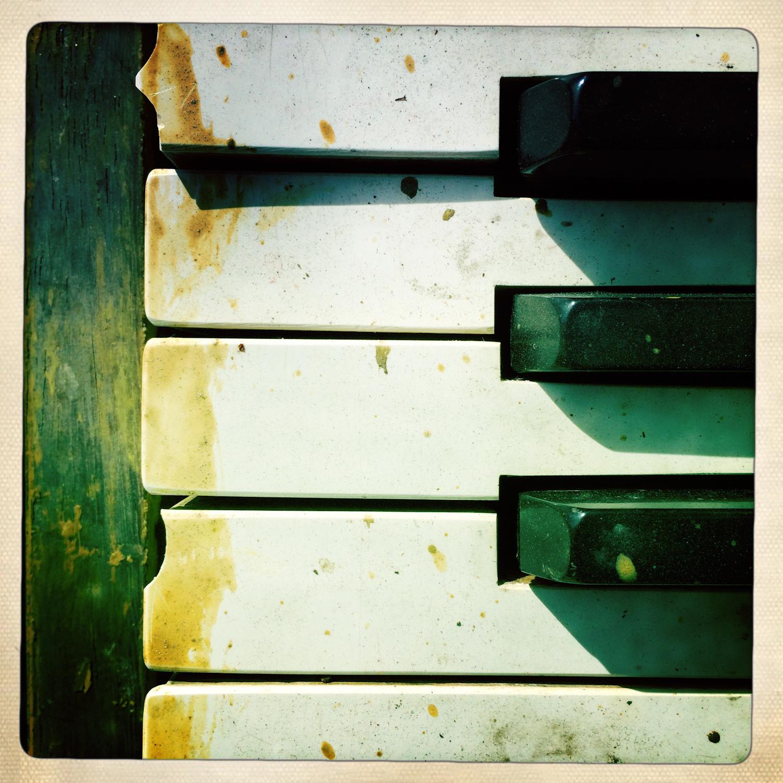 Piano-13.jpg
