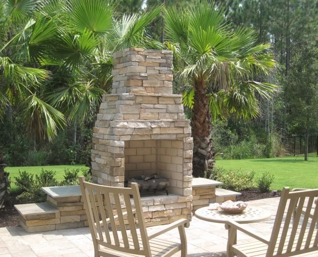 Ourdoor-Living-Fireplace-1-e1316660076401-650x525.jpg