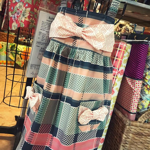 this dress is making my teeth hurt!  #butterscotch #butterscotchdress #oliveanndesigns #sewersofinstagram #sewingforkids #capsulescollection #amysinibaldi #charlestonfabrics #capsulesfabric #makersgonnamake #thesewingroomstore #doylestown #doylestownpa