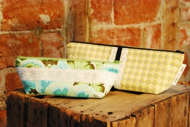pop up zipper hoagie bag class!  saturday, july 20th @ 1:30 pm.  visit the website calendar for additional information : )