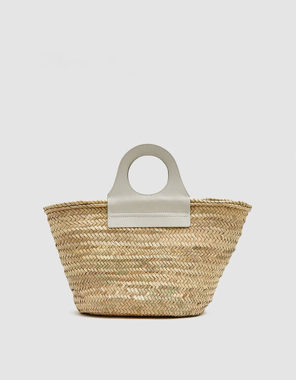 Hereu - Engages with local artisans to preserve mediterranean craft in SpainUses local materials for productionHereu works with a local factory in Barcelona and artisans in Majorca to produce all of its Spanish leather and woven straw bags