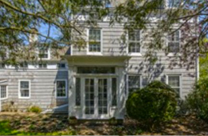 Oyster Bay Property with 'Tiffany View' for $2.695 Million   Newsday