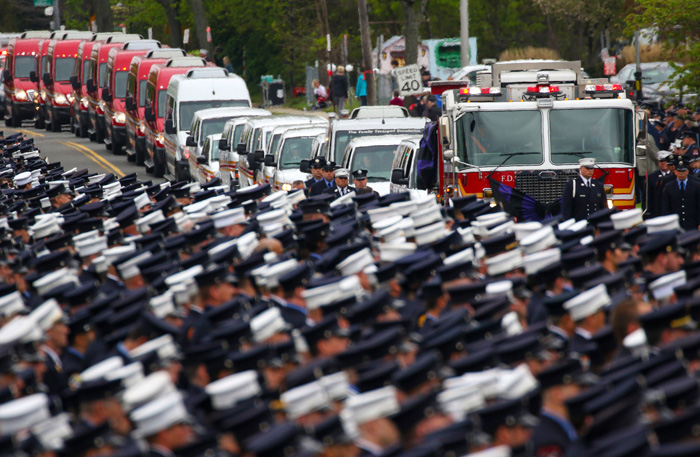 New York Firefighters Say a Final Goodbye to a Brother in Blue   New York Times