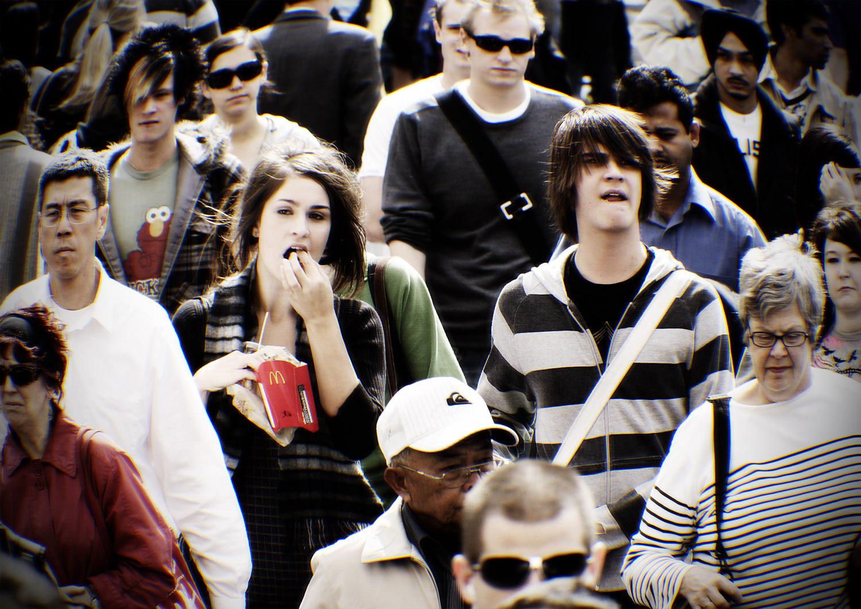 Munro_crowds_001.jpg