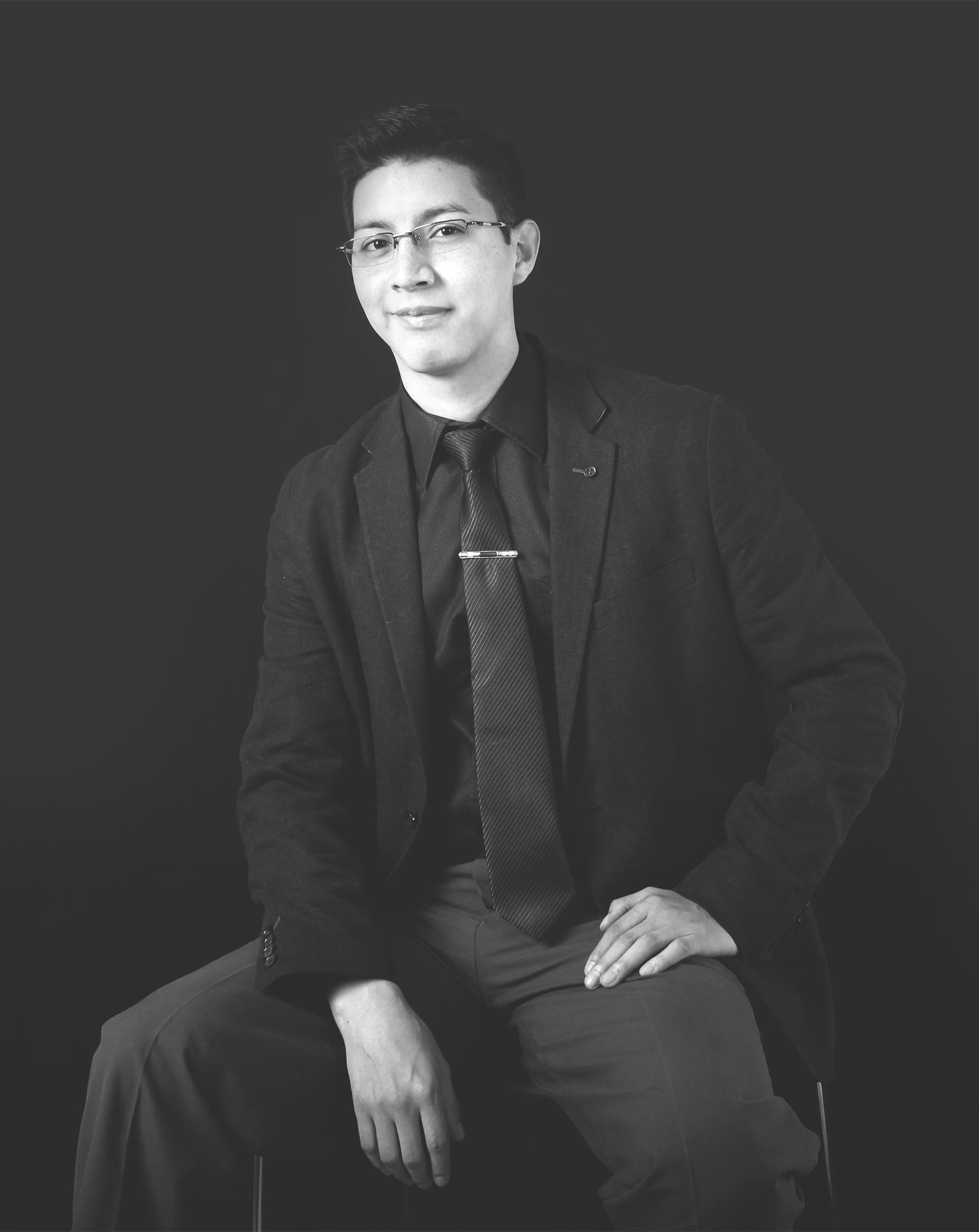 Stalyn Reyes   Diseñador | 3D Artist    Behance    |    Perfil Linkedin