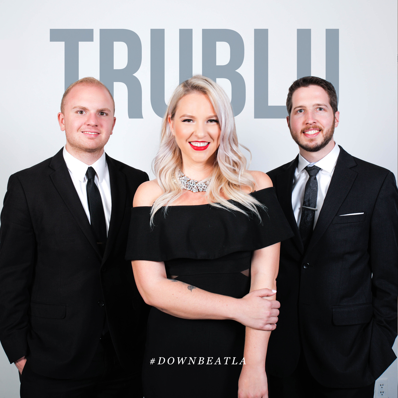TruBlu-Trip-Sarah-Mid.jpg
