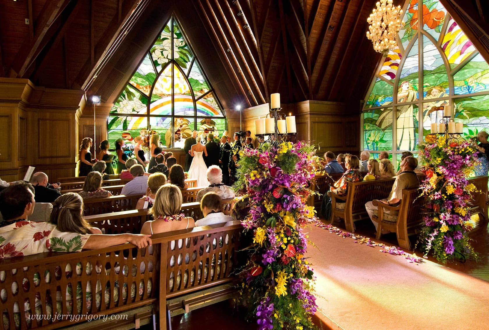 chapel-wedding-ceremony-interior-1680x1136.jpg