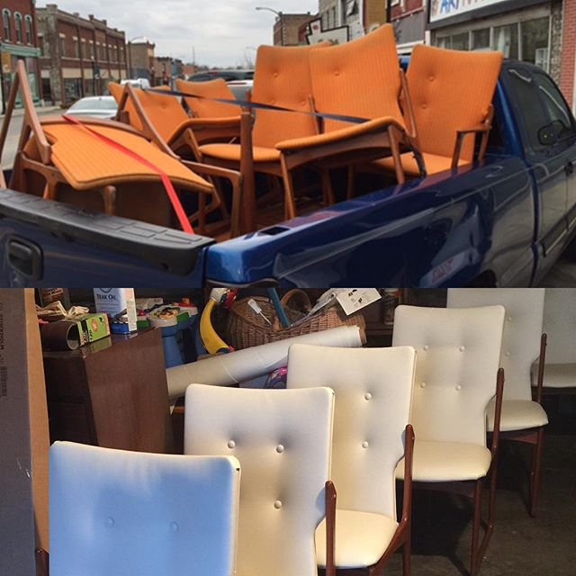 One of our favorite Craigslist finds this year. Danish modern chairs recovered with automotive vinyl for longer durability. #hiltonhadleyhome #kidfriendly #oldtonewtoyou