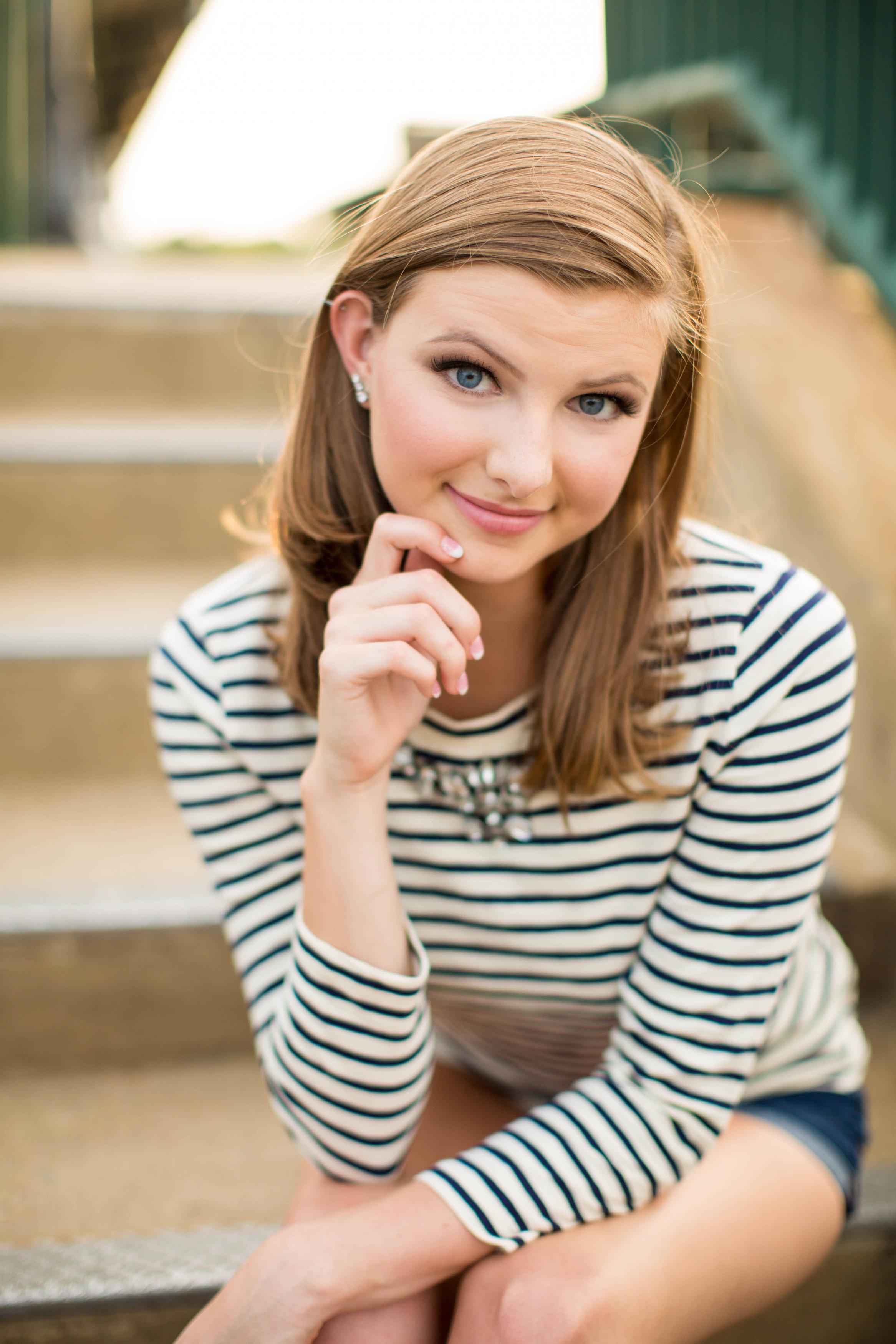 Emily Little Senior-0046.jpg