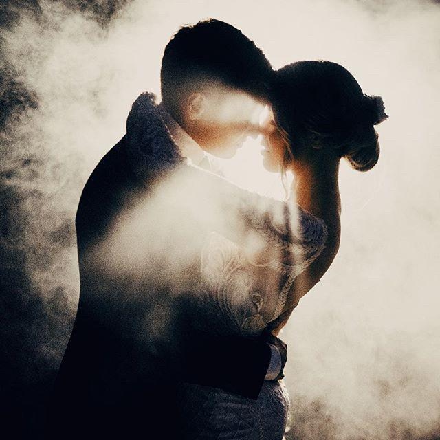 😭 Seriously! @jamesdayweddings nailing it as always 📸🥳😍⠀⠀⠀⠀⠀⠀⠀⠀⠀ #wedding #weddingday #ido #weddinginspo #bridetobe #weddedwonderland #style #centralwestwedding #dubbowedding #mudgeewedding #orangewedding #weddingdecor #weddingstyle #weddingtheme #whitemagazine #hellomay #loveislove #happy #relationshipgoals #married #marriedatfirstsight #thebridesavenue #bridalblog #bridalblogger #weddingblog #bride #groom #bridalgown #weddingdress #weddingwire