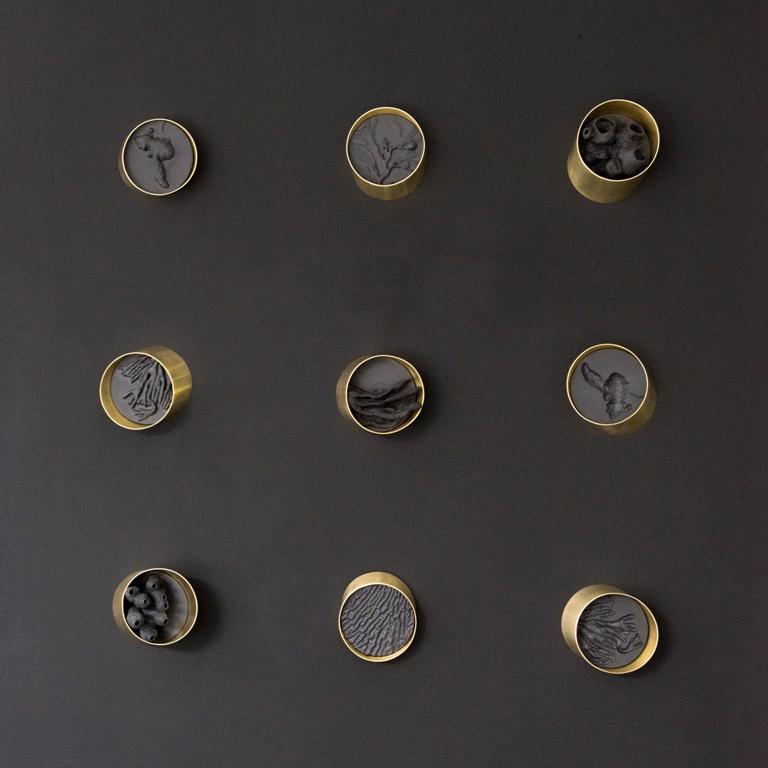 Jo Wilmot,  Dead man's fingers, 2017, porcelain, brass, wood, paint . Photo Sona Sood