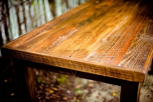 7-creative-ways-reuse-coffee-img-table.jpg