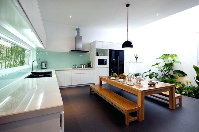 conservatory-decoration-put-indoor-plants-as-decoration-on-the-scene-house-with-conservatory-conservatory-interior-decorating-ideas.jpg