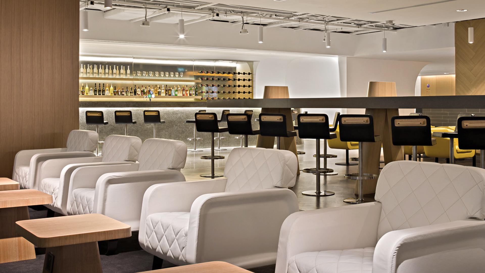 04 Q-Lounge-SIN-03.jpg
