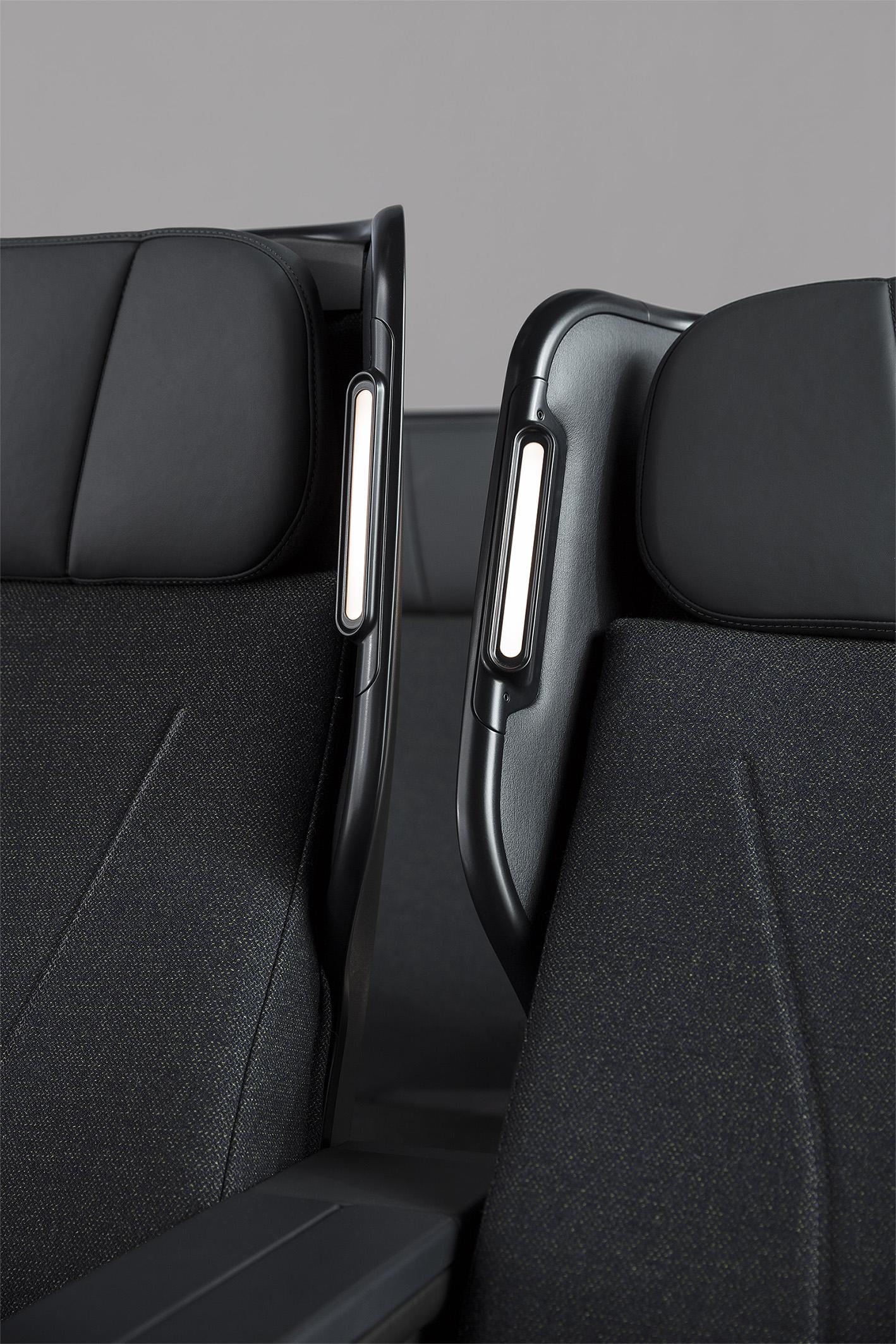 Caon_QF Seats_0A8A7699_RT_DE.jpg