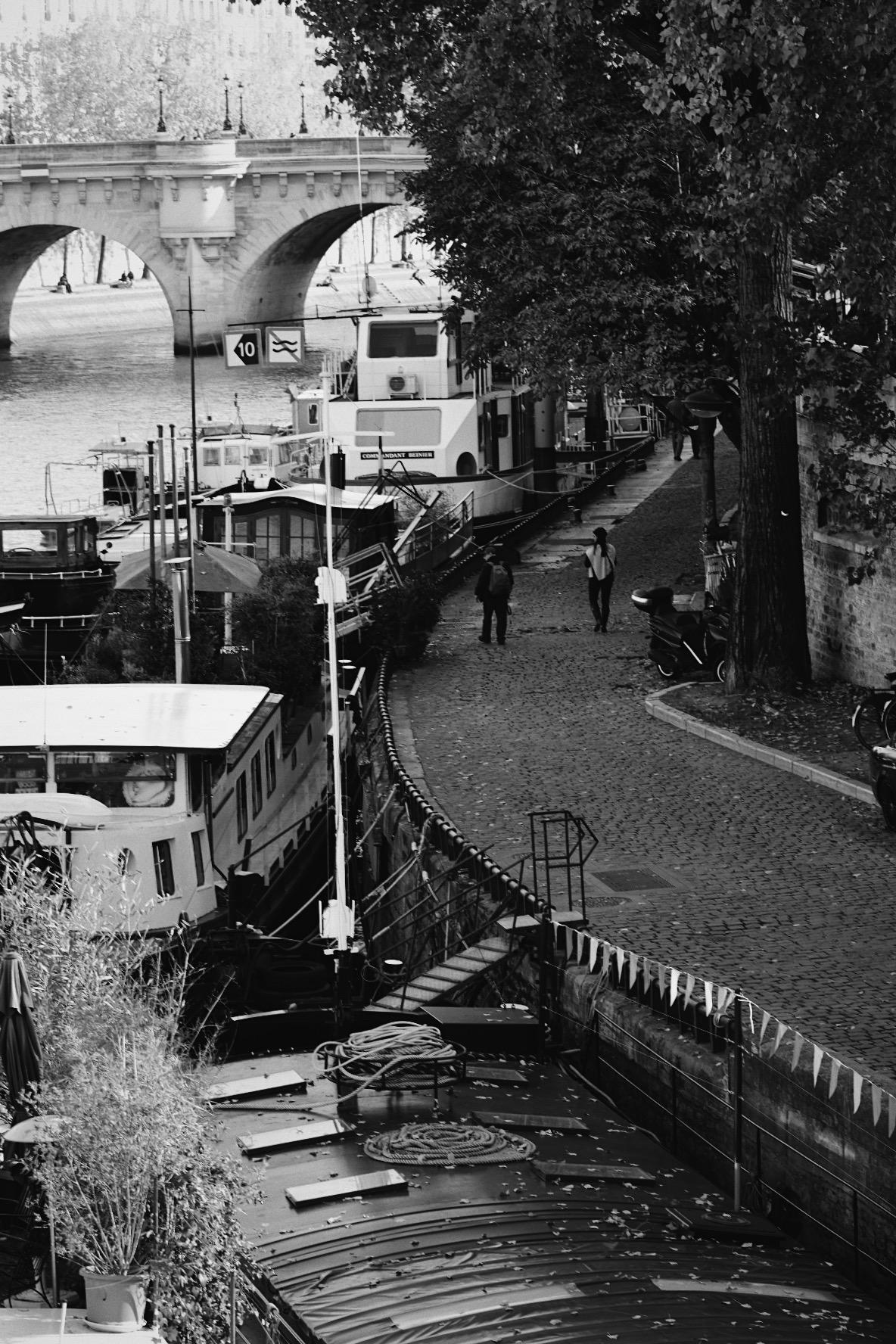 ILE SAINT LOUIS, PARIS, FRANCE