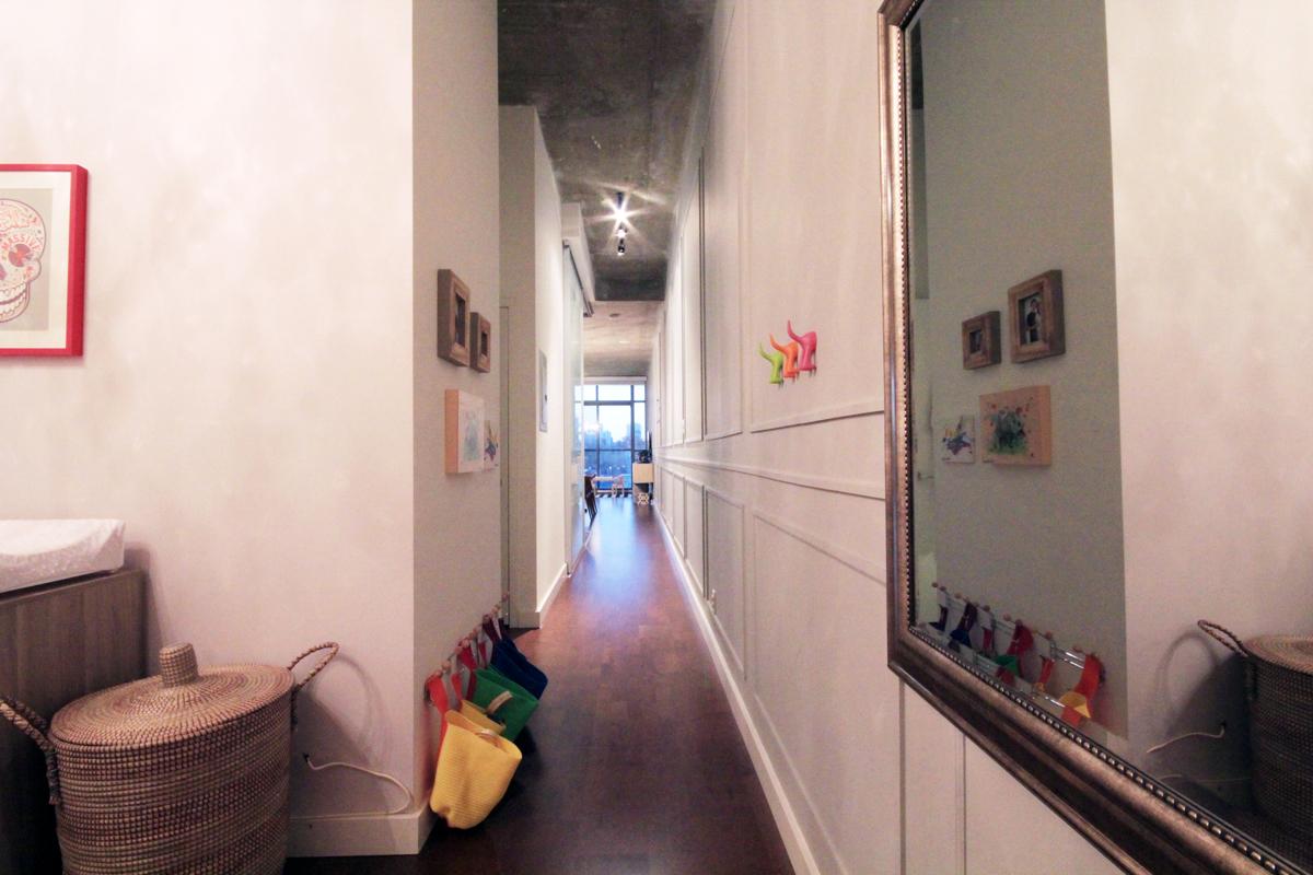 33 Mill Street 504 - 05 - Hallway.jpg