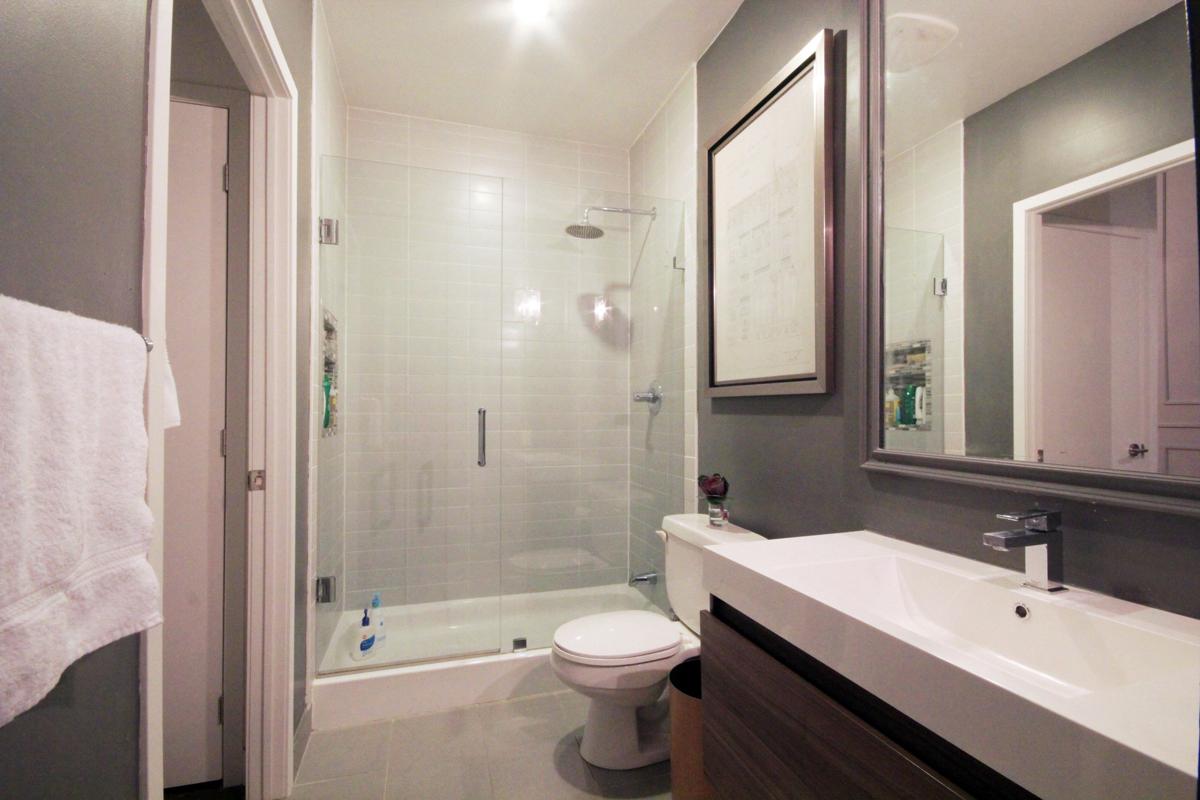 33 Mill Street 504 - 07 - Bathroom.jpg