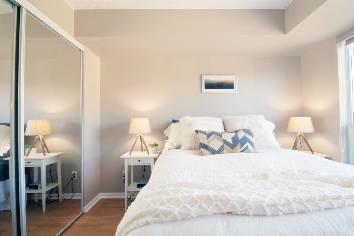 231 Fort York Blvd - 05 Bedroom Master.jpg